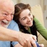 Seniors : découvrez les multiples effets bénéfiques du rire !