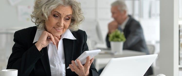 Etude : 8 seniors sur 10 estiment qu'Internet contribue à améliorer leur quotidien