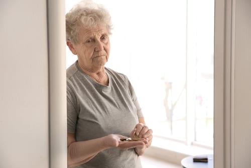 Argent des seniors - Pouvoir d'achat en baisse - Pauvreté - Précarité - Retraite