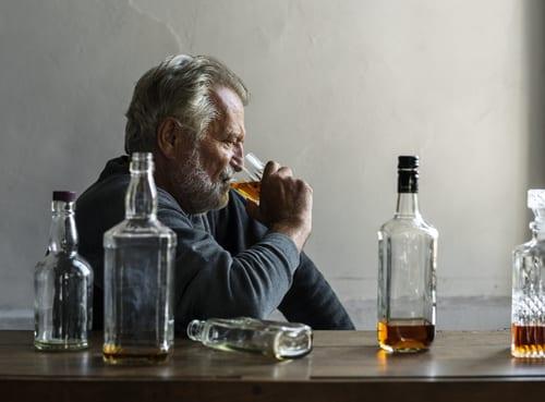 Alcool et personnes âgées