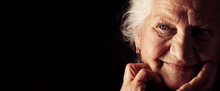 Vieillir en beauté - Cosmétique - Vieillesse - Seniors - Coquetterie