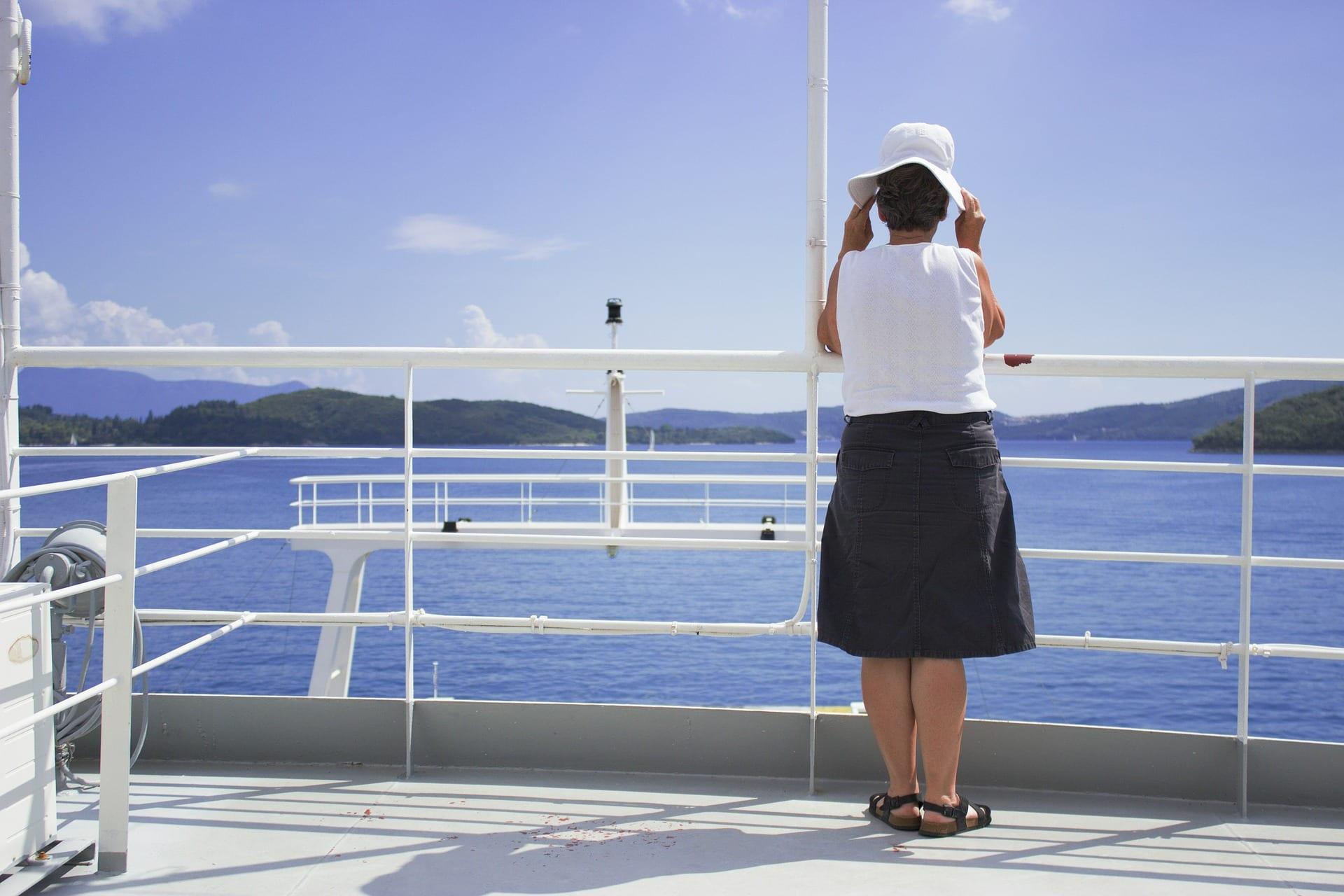 femme_croisière_bateau
