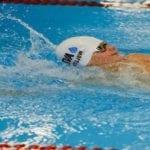Insolite : à 99 ans, il bat le record du 50 mètres nage libre