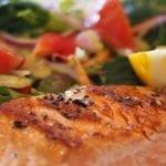73% des seniors cuisinent tous les jours, selon le Baromètre 55+ Cogedim Club