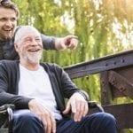 [Etude] L'absence de blouse chez les soignants réduit la distance avec les résidents d'EHPAD atteints d'Alzheimer