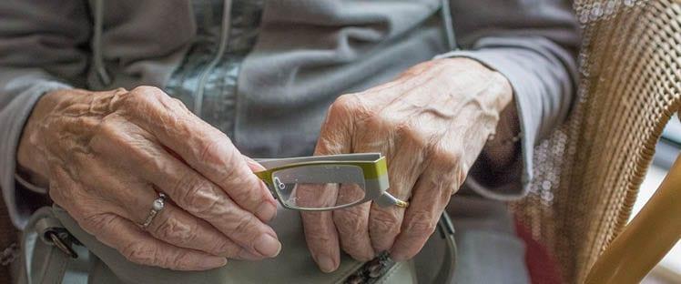 La proposition de loi sur la santé visuelle des personnes âgées sera examinée au Sénat mercredi prochain