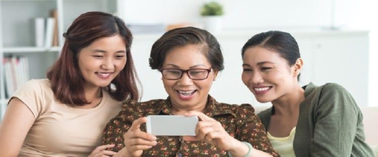 Familink : une nouvelle fonctionnalité avec Whatsapp et un partenariat de distribution avec Amazon Launchpad annoncés à l'occasion de la Paris Healthcare Week
