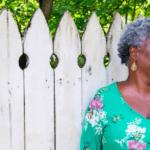 Lumen : l'application de rencontres pour les quinquas et plus