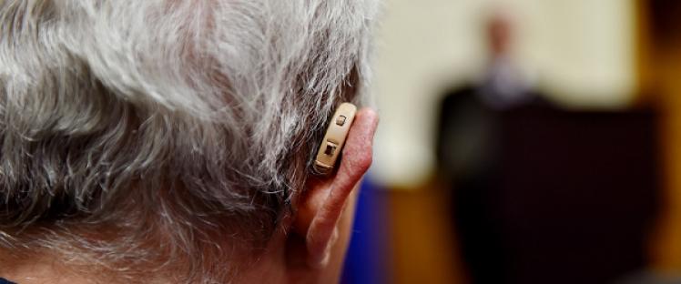 Appareils auditifs et basse consommation : le nouveau service de Google