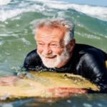 En Bretagne, un Ehpad propose le «surf thérapie»