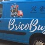 Paris Habitat lance le Bricobus un service de réparation et de conseils destiné aux seniors