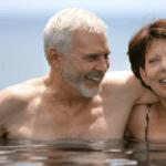 thermalisme - détente - couple - piscine - bien être