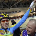 Confinement : Ça roule pour le cycliste centenaire Robert Marchand !